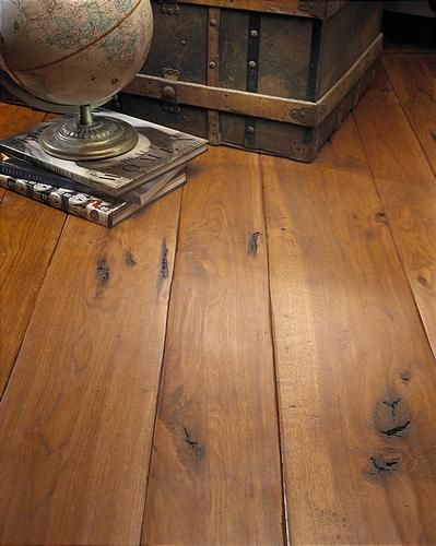 The Difference Between Vinyl Laminate And Wood Floors
