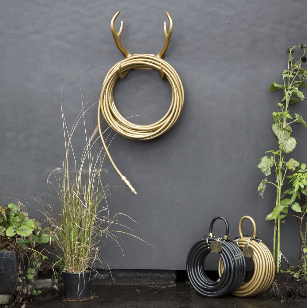 Reindeer Garden Hose Pipe Wall Mount