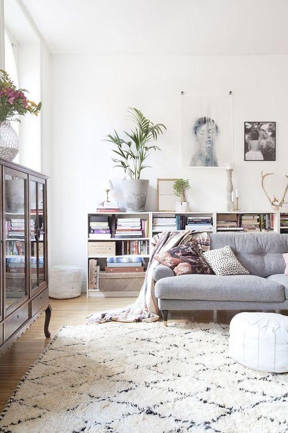beautiful white shaggy rug to lie on and keep you warm