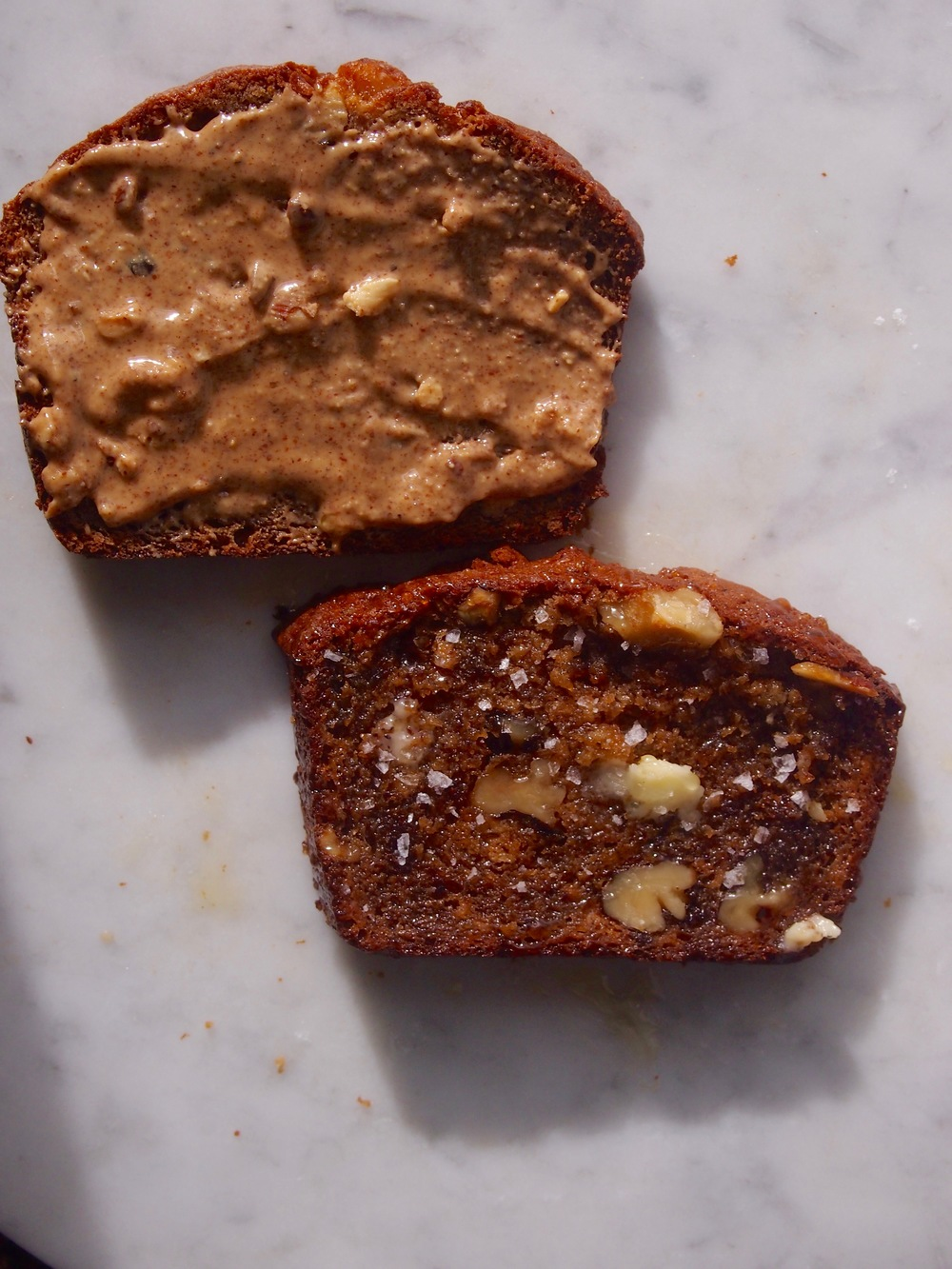how to decorate your banana bread according to this season's trends: almond butter and fancy french salt.
