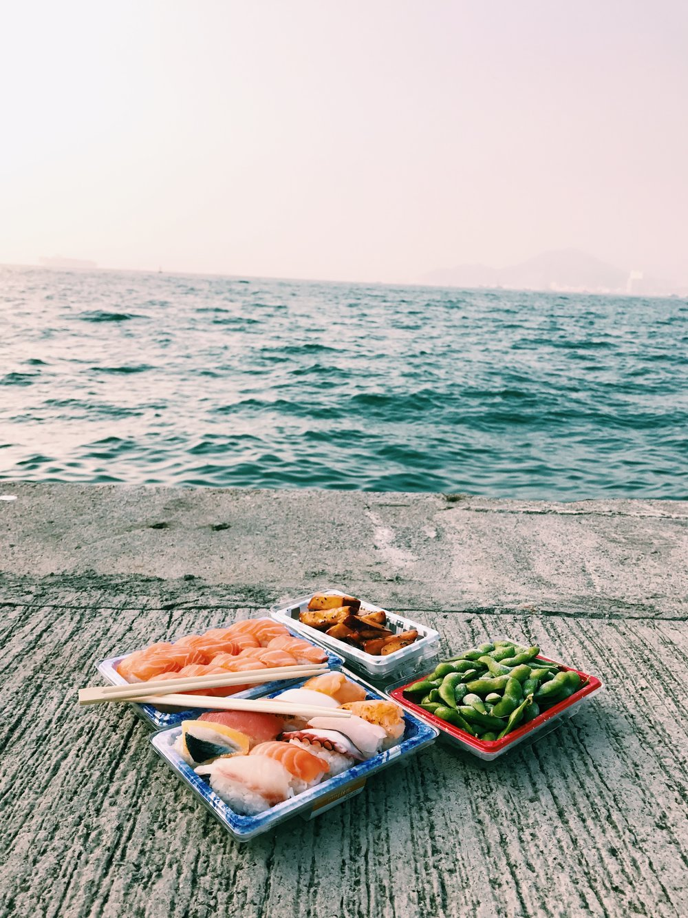 sushi by the sea must be fresh, right?