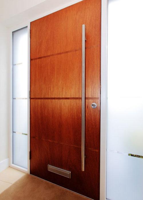 orig_door03.jpg