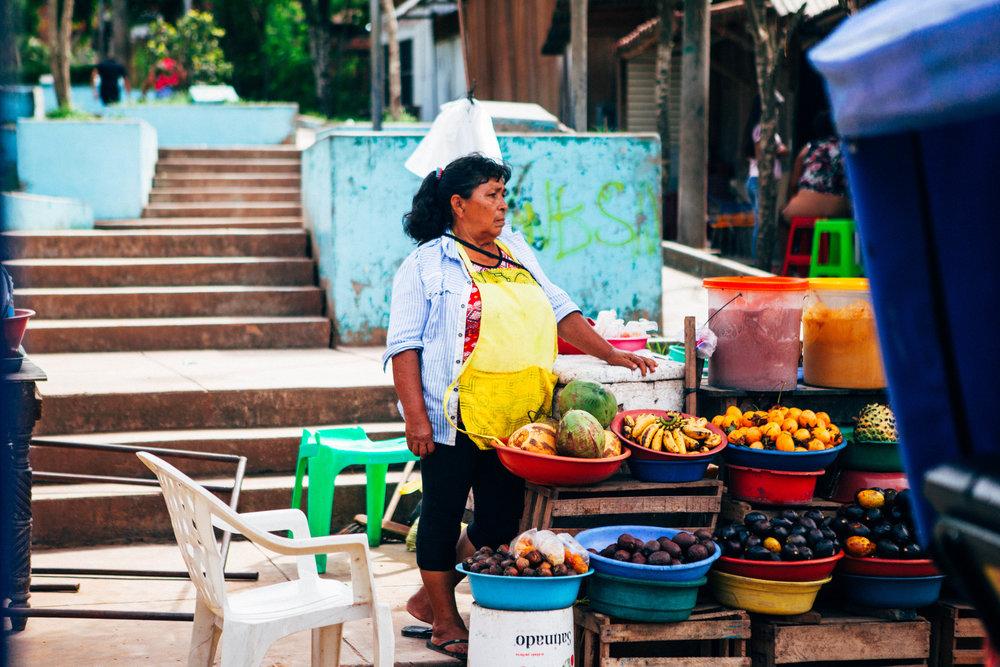 fruit vendor-1.jpg