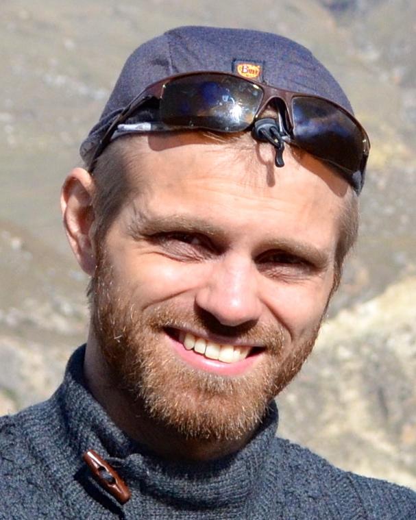 Lukas Priklopil , OKL-opiskelija