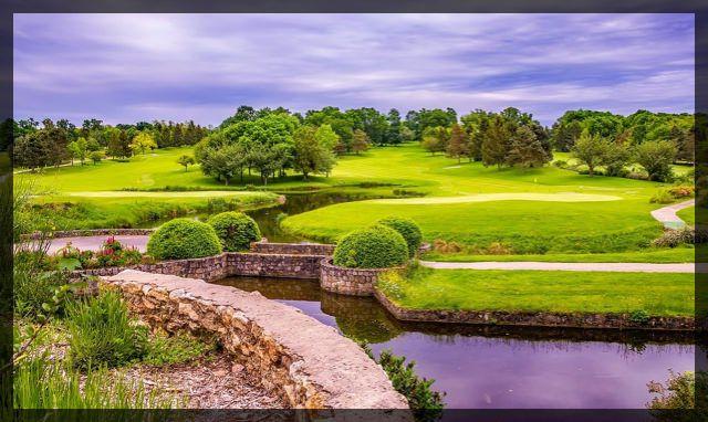 Golf Course ii small_Fotor.jpg