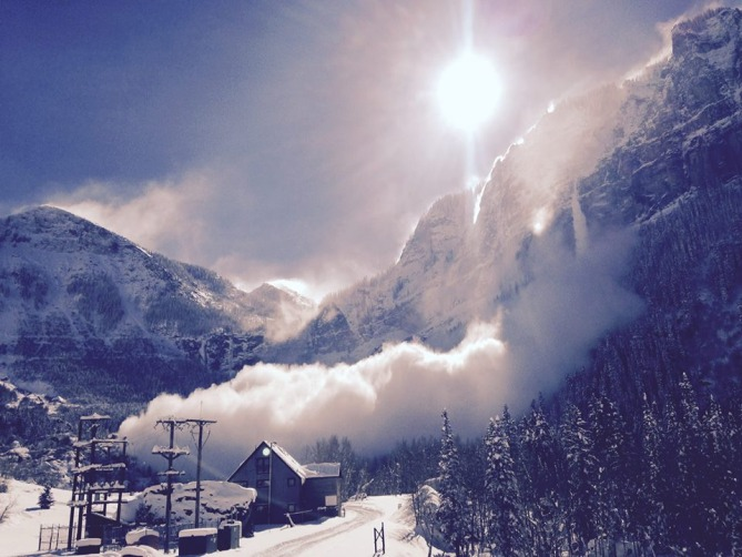 A natural avalanche that ran Sunday 11/16/14 on Ballard Peak, just outside of Telluride. Photo courtesy of the Colorado Avalanche Information Center. http://avalanche.state.co.us/