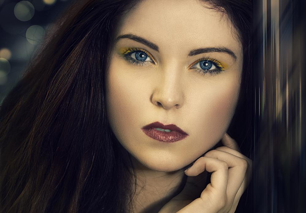model: Nicole