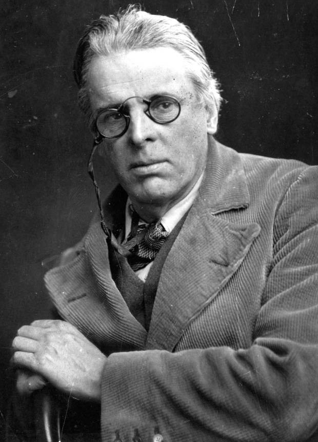 An essay on Yeats and his treatment of Byzantine culture -
