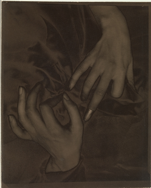 Georgia O'Keeffe—Hands and Thimble by Alfred Stieglitz (palladium print; Metropolitan Museum of Art)