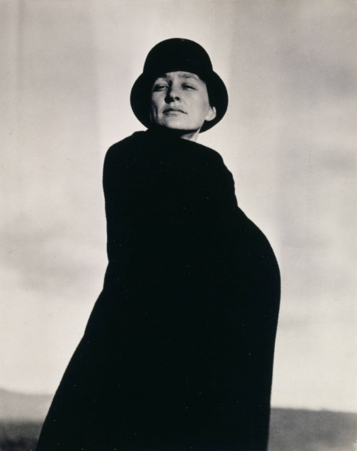 Georgia O'Keeffe by Alfred Stieglitz ( Gift of The Georgia O'Keeffe Foundation. Georgia O'Keeffe Museum)