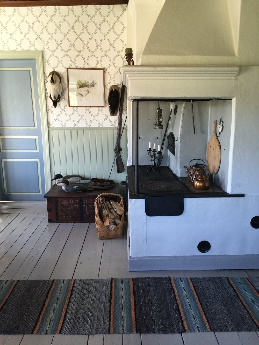 Aland stove in house.jpg