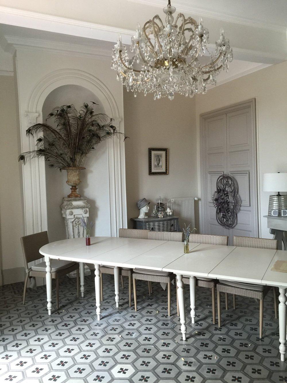 Dumas dining room.jpg