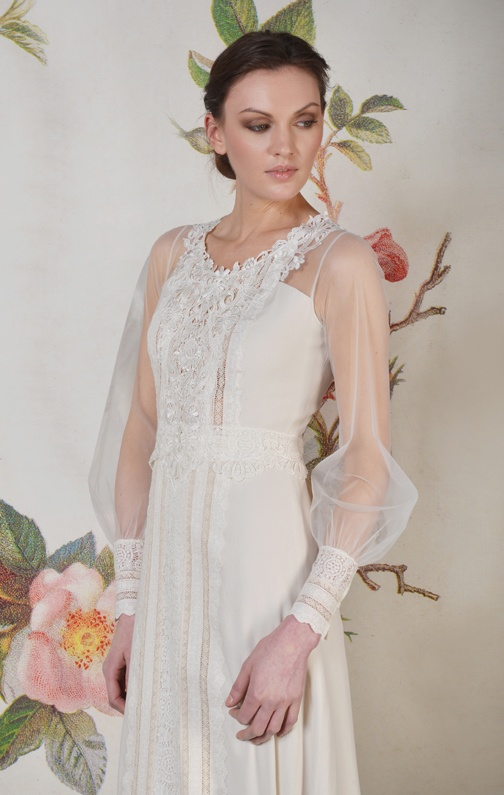 'Delaney' by Claire Pettibone