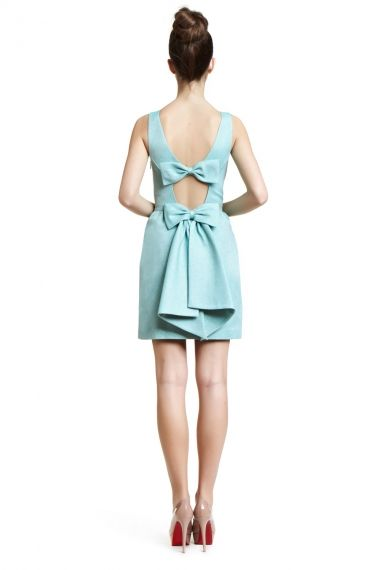 Bow backs and blue for bridesmaids