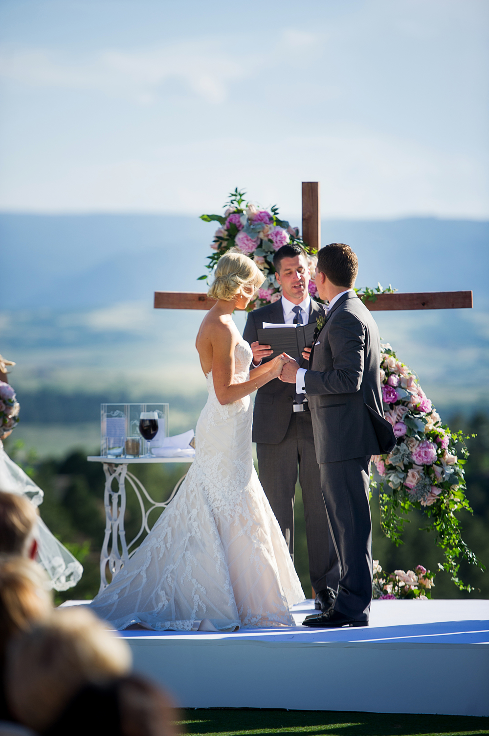 Lwd bride jordan elway 39 s classic castle pines wedding for Wedding dress rental denver co