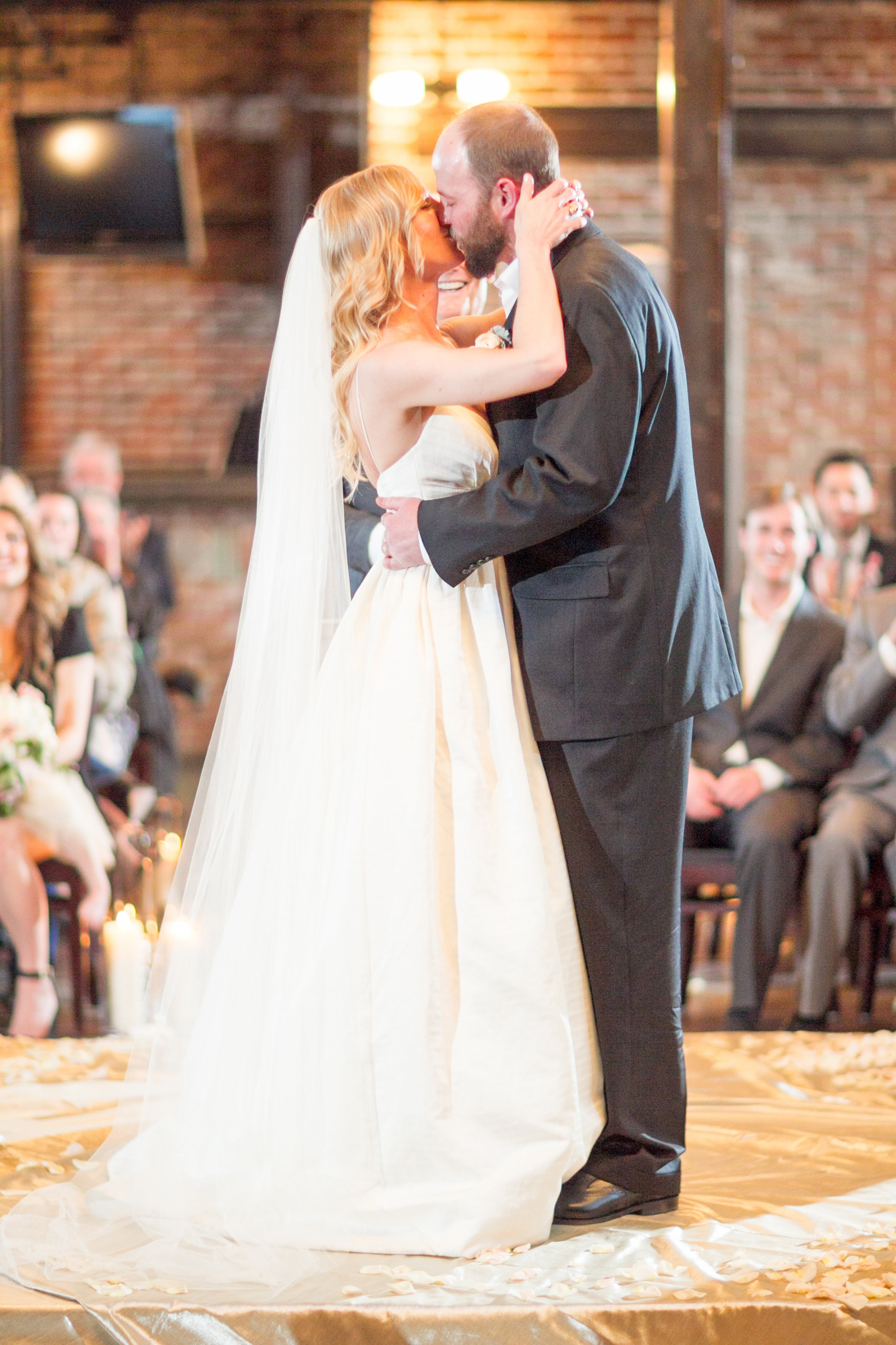 View More: http://mikelarson.pass.us/vincealixwedding