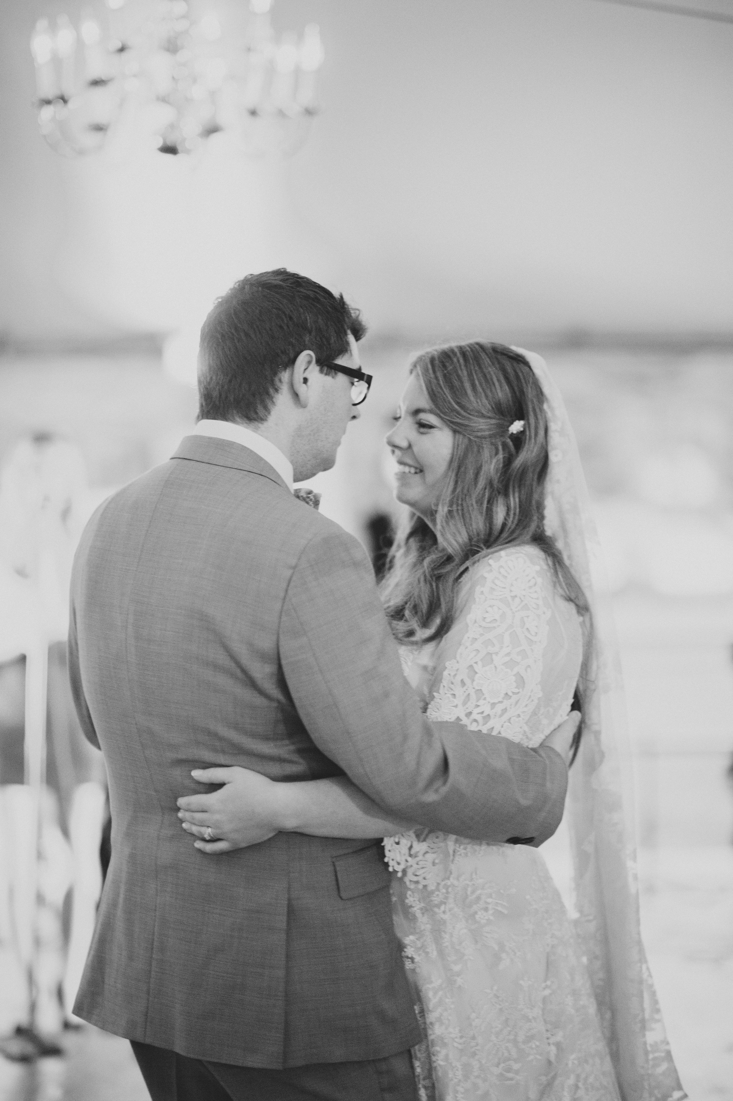 View More: http://christinalilly.pass.us/sean-and-caitlin-by-christina-lilly-photography