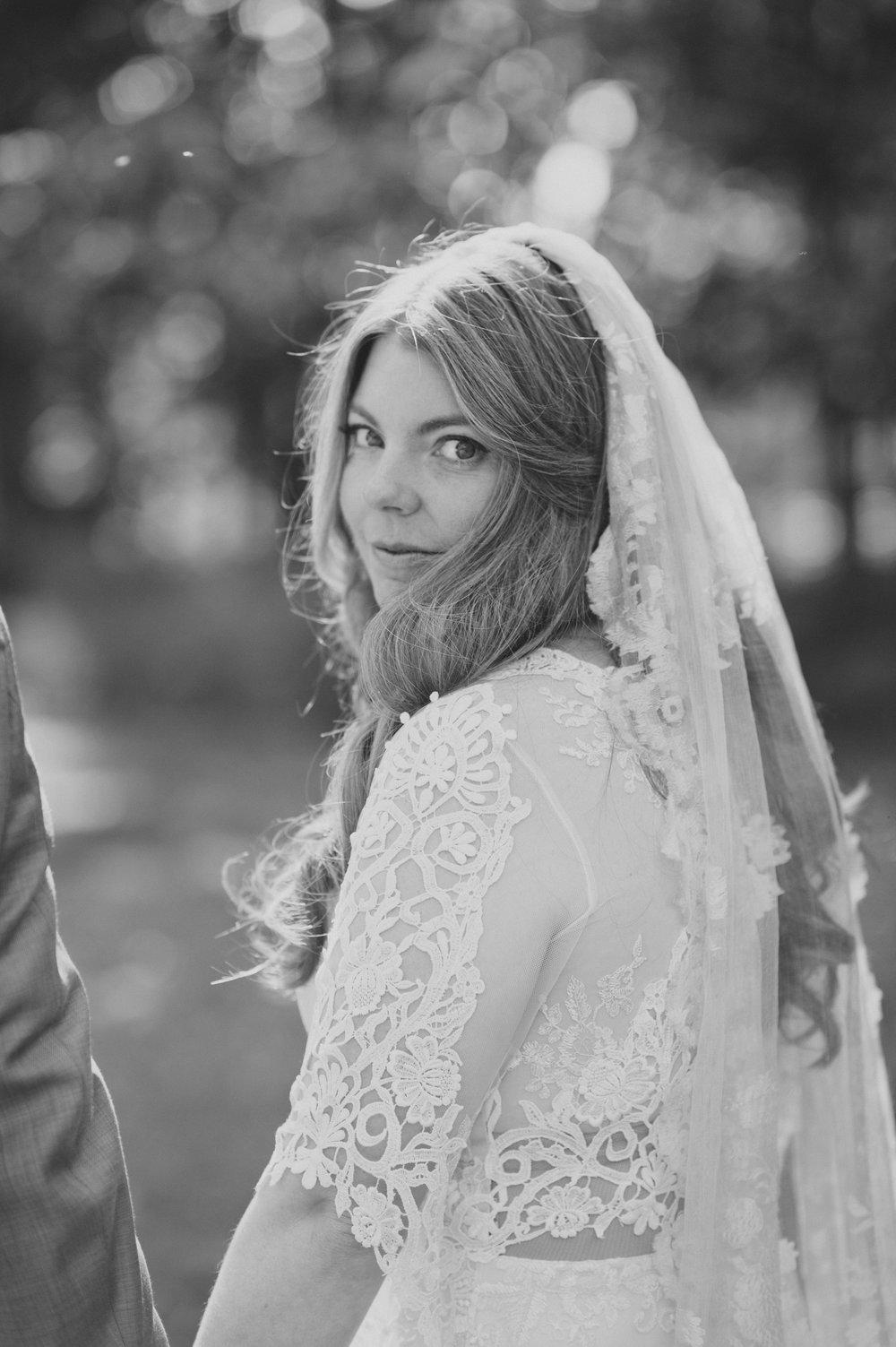 Caitlin | September 2015 |Woolverton Inn | Stockton, New Jersey |  Christina Lilly Photography
