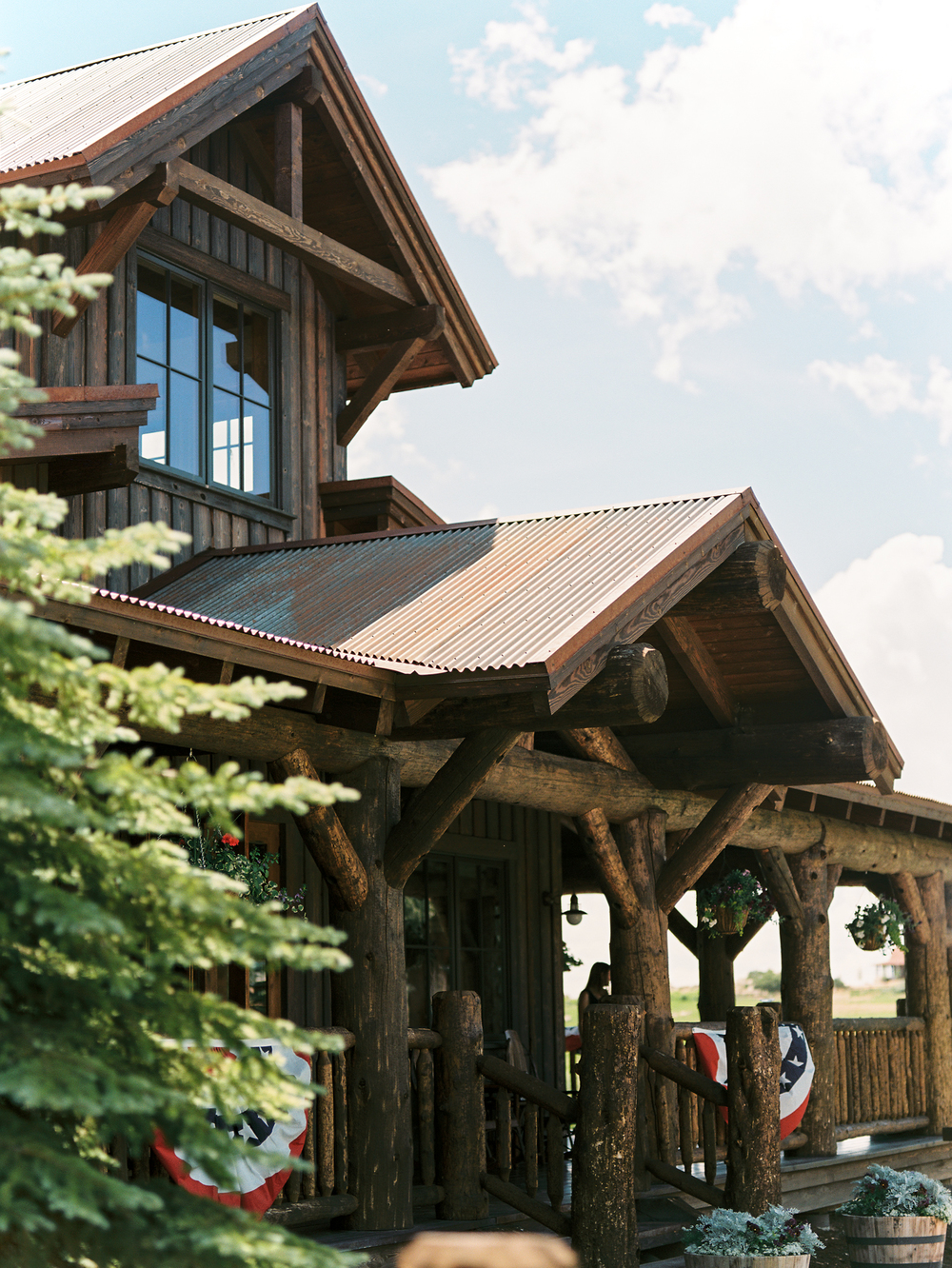 Bohemian Wedding Inspiration at Brush Creek Ranch | Photography: Lisa O'Dwyer