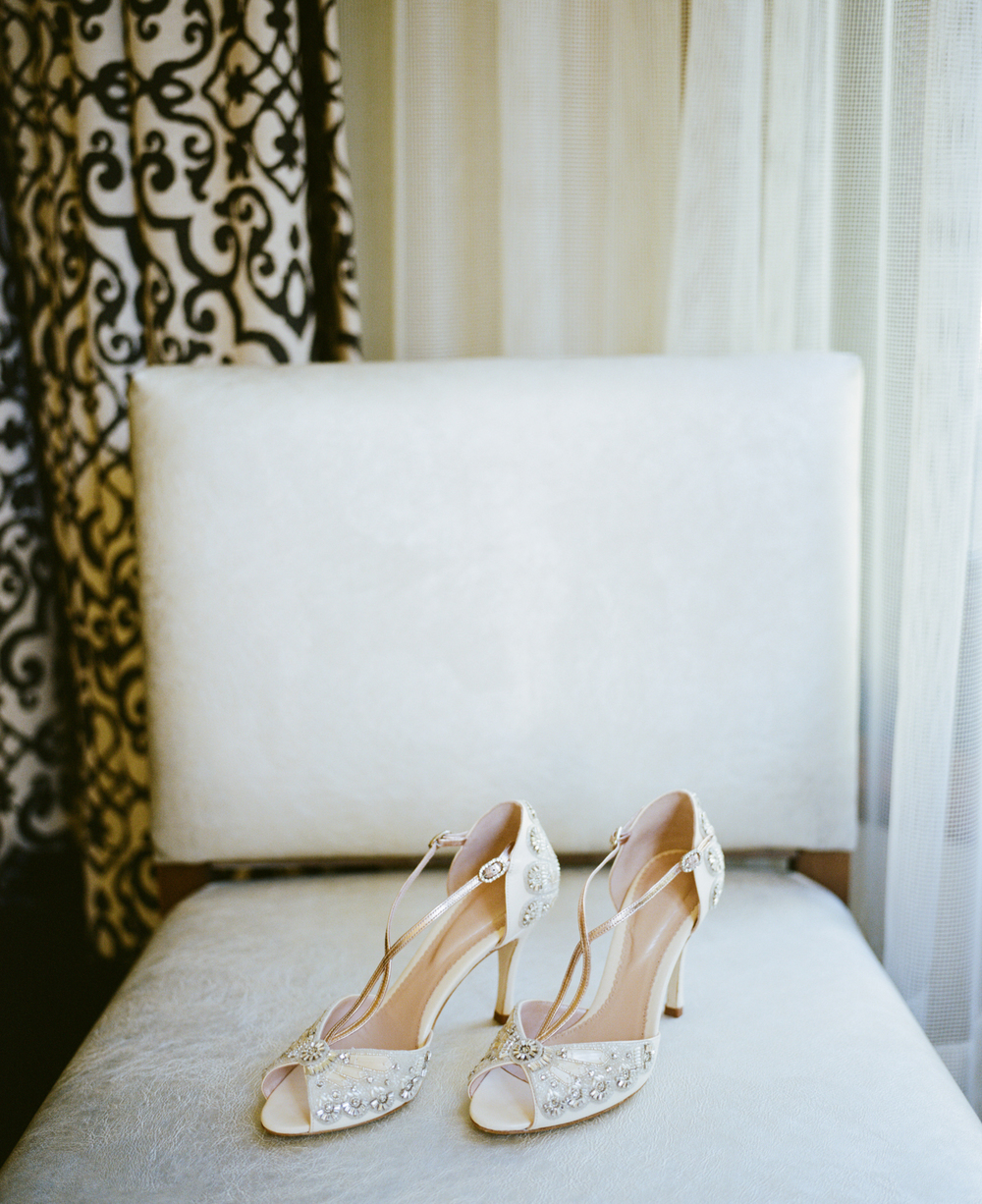Kelly + Josh | Fall wedding at the Park Hyatt Beaver Creek | Emmy London shoes from Little White Dress | Ash Imagery