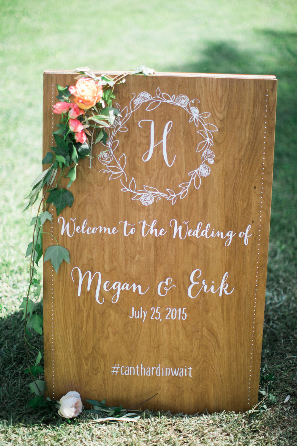 Wedding sign | Maui, Hawaii wedding | Joanna Tano Photography
