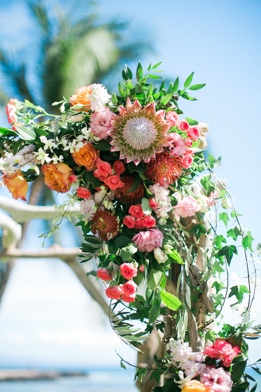 Hawaii wedding flowers | Joanna Tano Photography