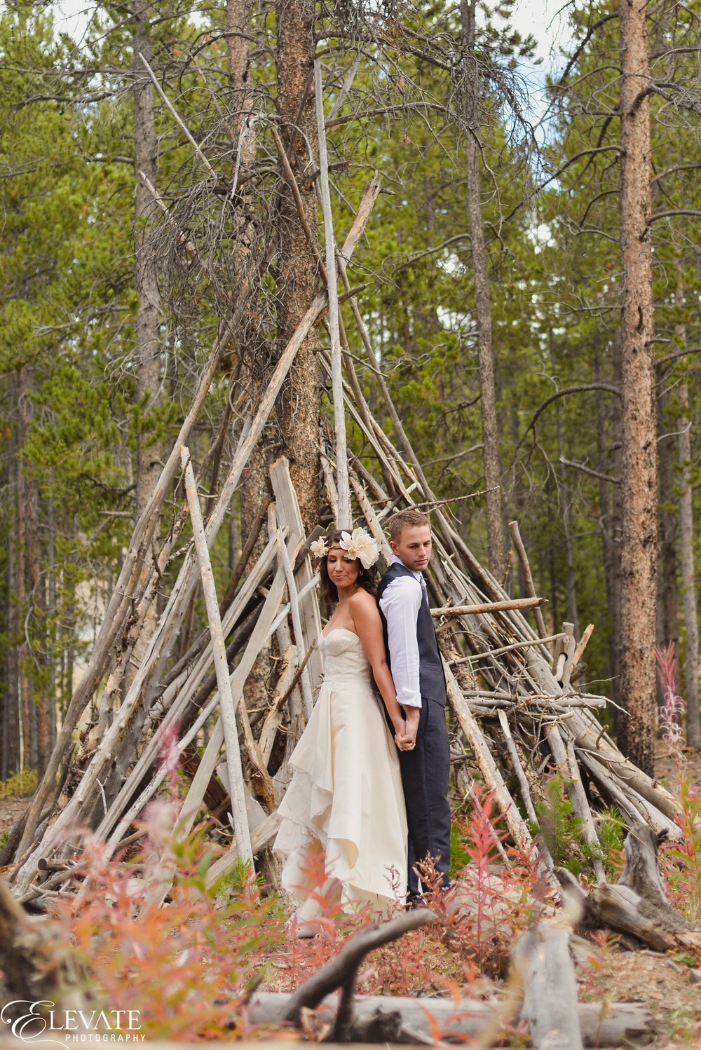 Fall wedding in Breckenridge | RIVINI Martini gown from Little White Dress Bridal Shop | Elevate Photography