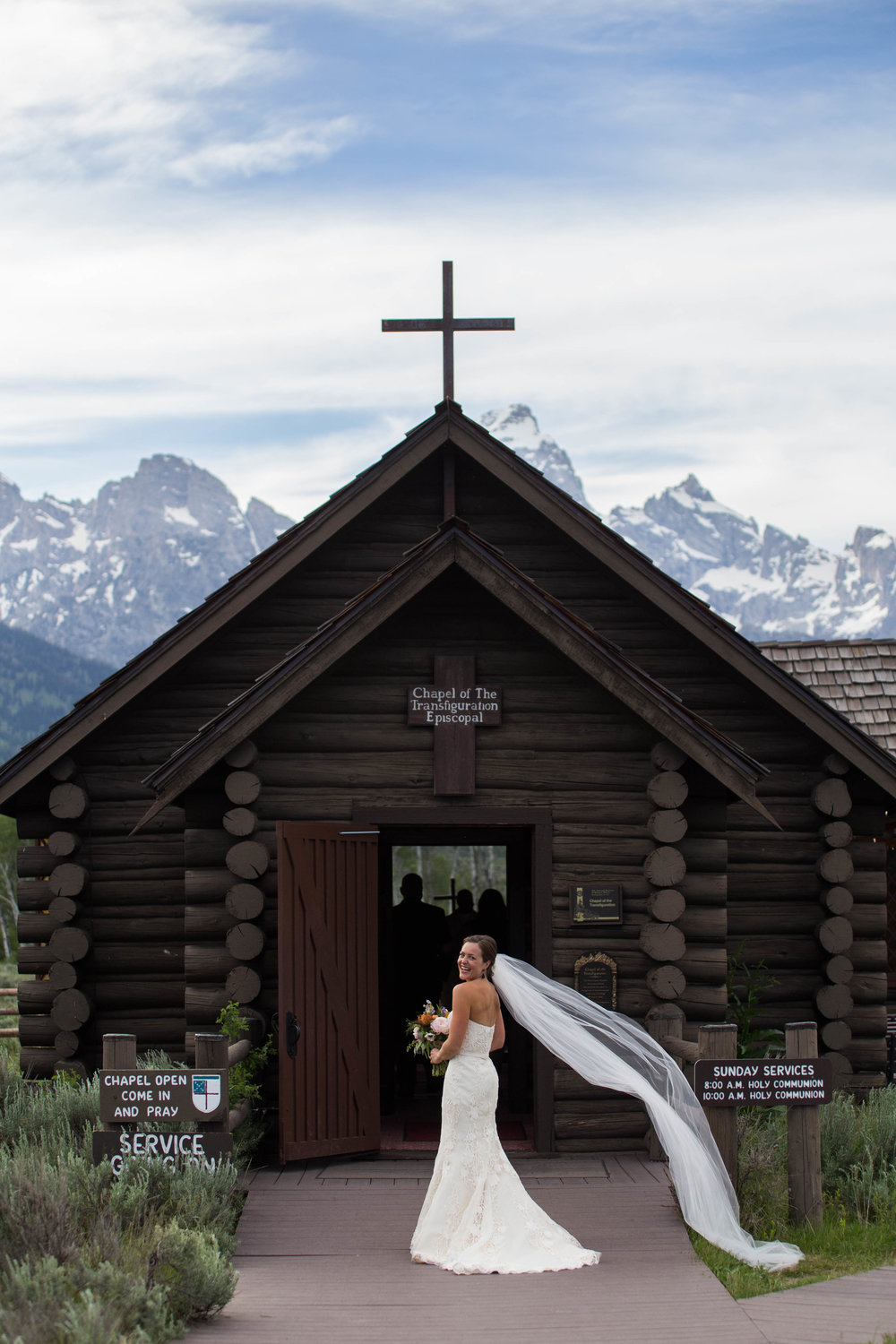 Kendall - Married in Jackson, WyomingPhoto by Sarah Averill Photography
