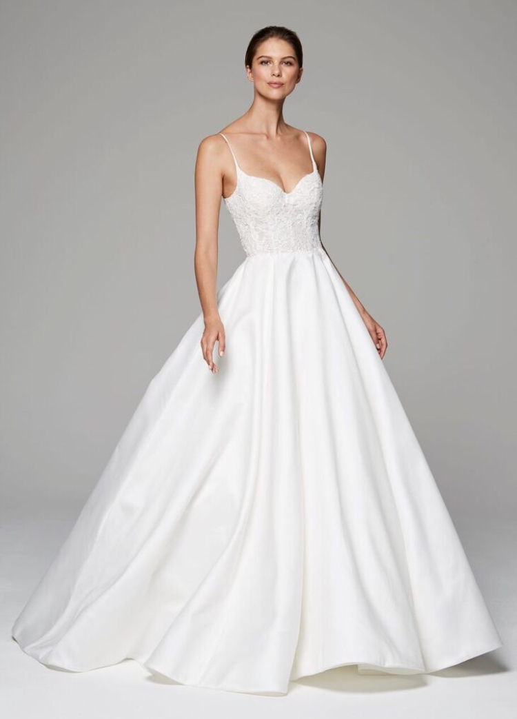 6 Bridal Gown Silhouettes You Should Try On Before Choosing The one ...