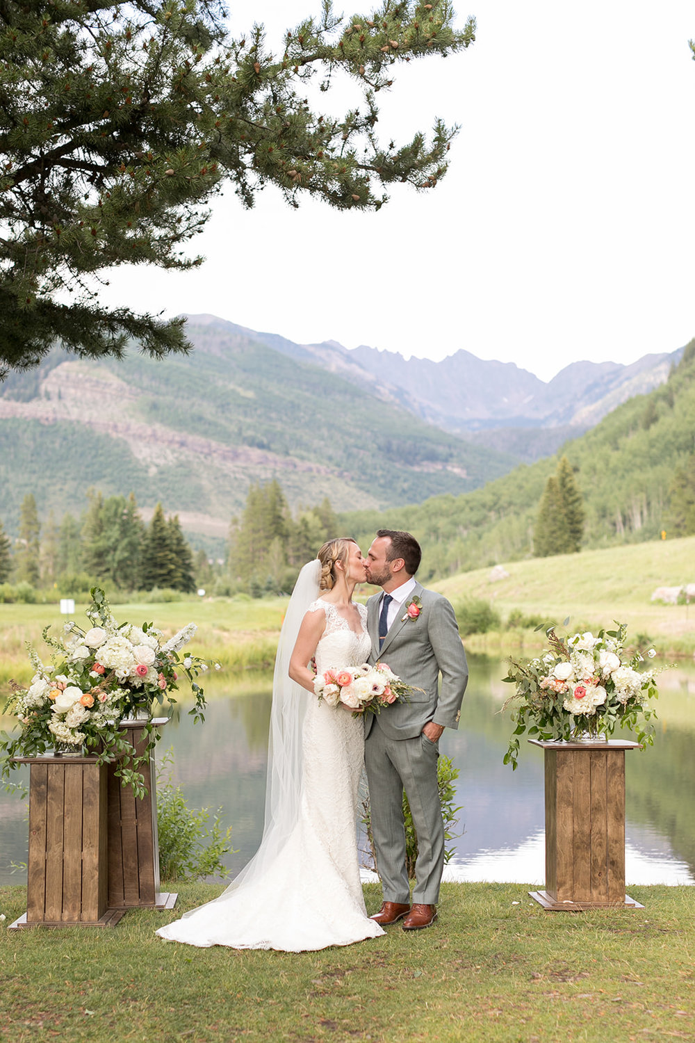 Laura + Justin | Vail Golf Club | July 2018 |  Amy Caroline Photography
