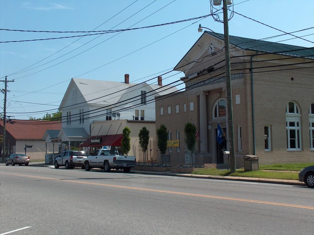 Matthews Courthouse economic restructuring study
