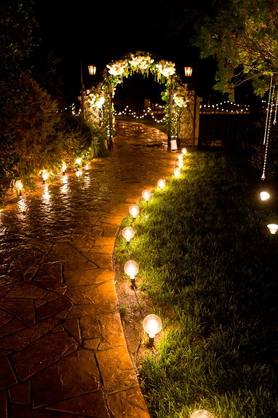 walkway lighting.jpg