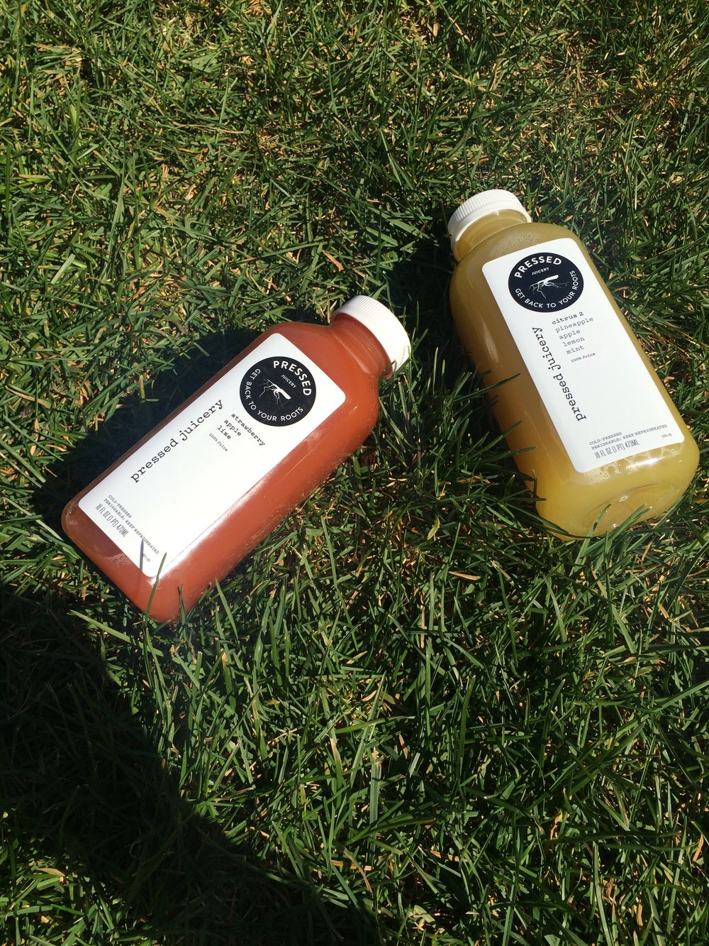 Scheduling things like big little dates in the grass wth my little and some pressed juices always puts a smile on face!