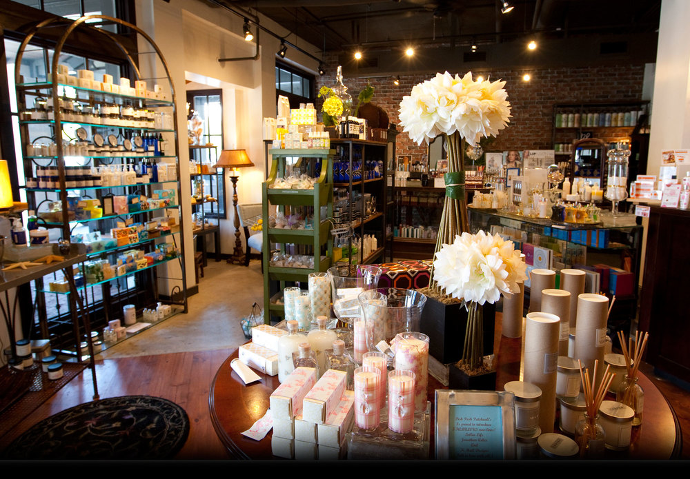 [Sharing our Good Scents since 1992]   Patchoulis    Rosemary Beach, Florida