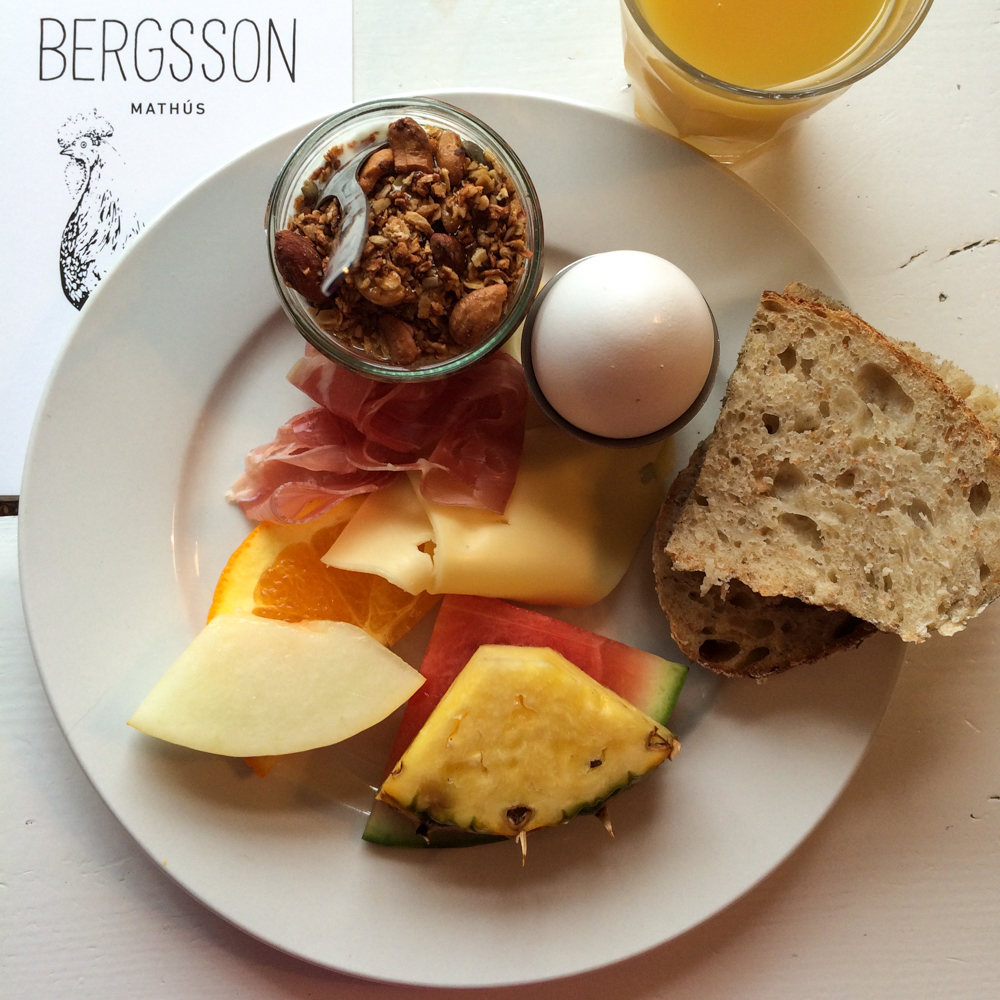 Breakfast at Bergson Mathus