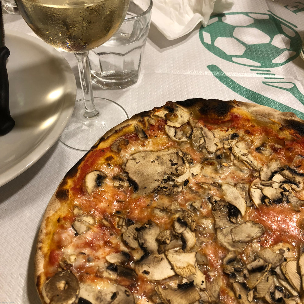 PIzza at Ivo a Trastevere