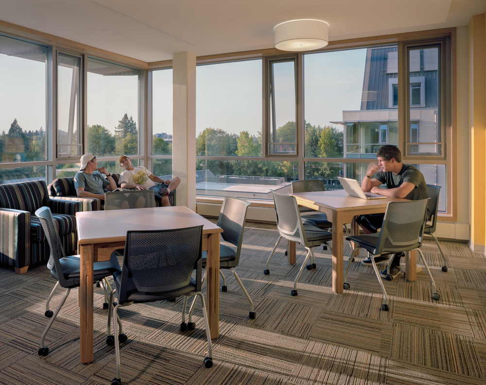 U of O Global Scholars Residence Hall  ZGF