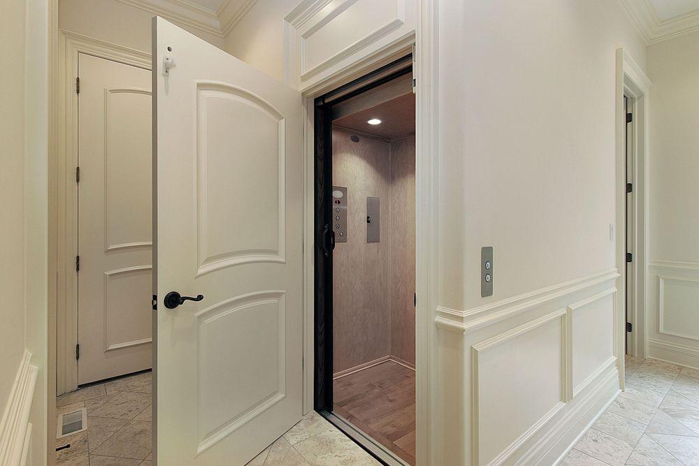16 Indoor Elevator.jpg