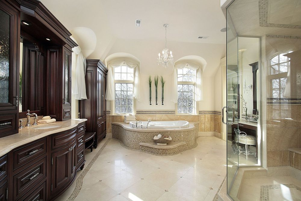 41 Glass Bathroom.jpg