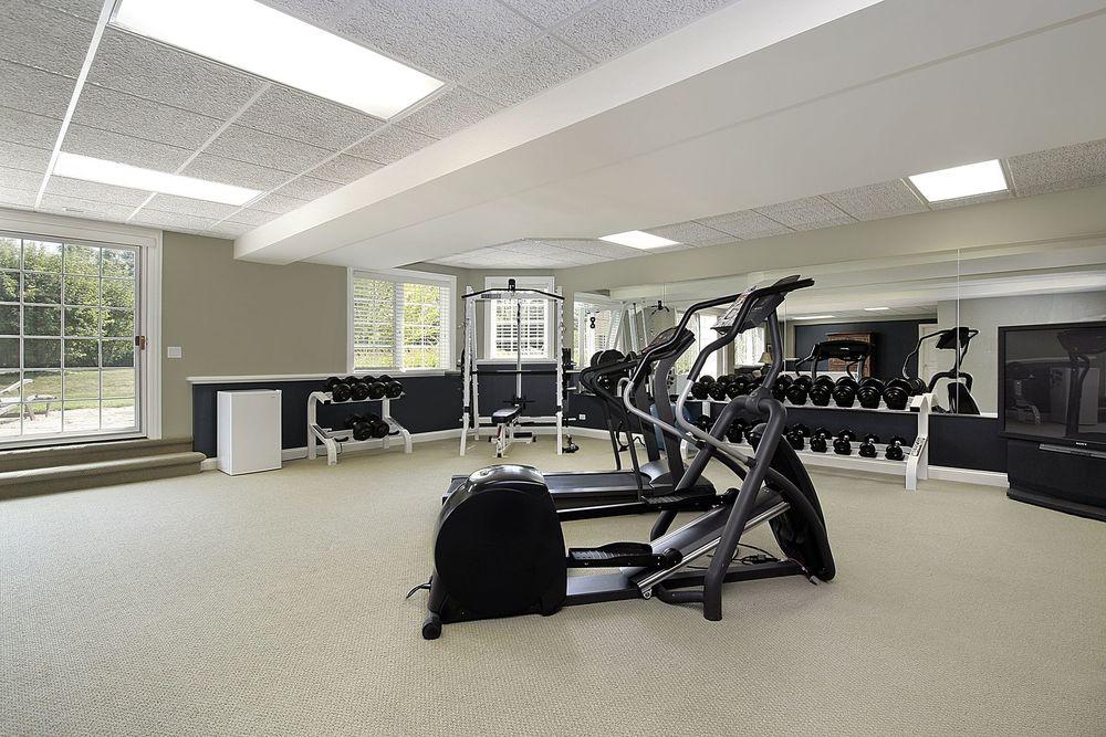 15 Home Gym.jpg