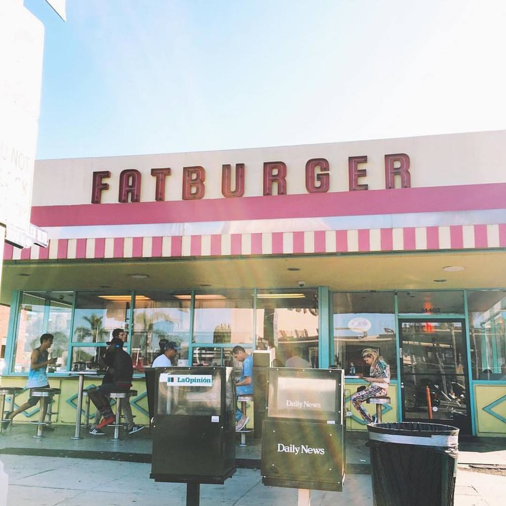 Fatburger is always delicious, and their delivery was no different. It came in the time allotted and the delivery guy was very nice and the order was correct.