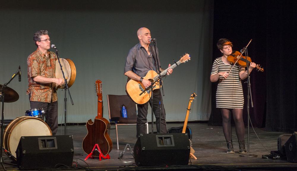 The Trio de Pumpkintown, Live at The Barnstormers