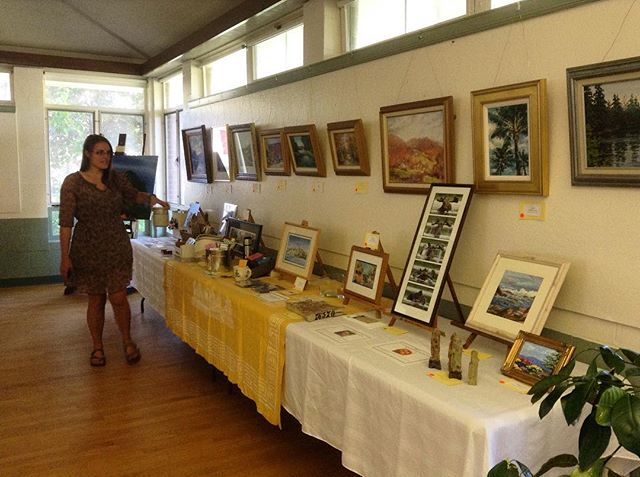 All set up for the auction at Runnells Hall--beautiful and delicious local items, artwork, lovely hors d'oeuvres and wine. Live auction starts at 7:00. #artstamworth