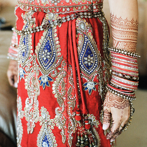 Bridal Mehndi Indian, Arabic or Fusion Sabreena beautifies brides' hands and feet in a range of styles and traditions, with expertise in Indian, Arabic or modern Fusion. According to custom, she incorporates the name of the beloved into every bridal design.