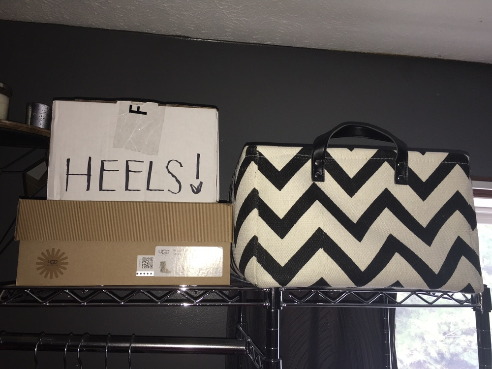 Now on the top of my clothes rack on the right side, that's where I keep my shoes and a basket that has random things in it such as leggings, crop tops, and scarfs.