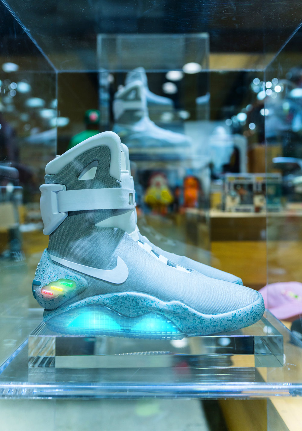 bait nike air mag complex con vibrvncy