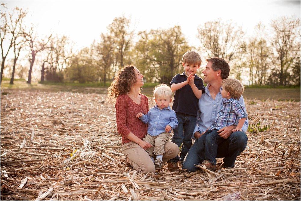 Harrisonburg_Family_Portraits_Nelsons_0003.jpg
