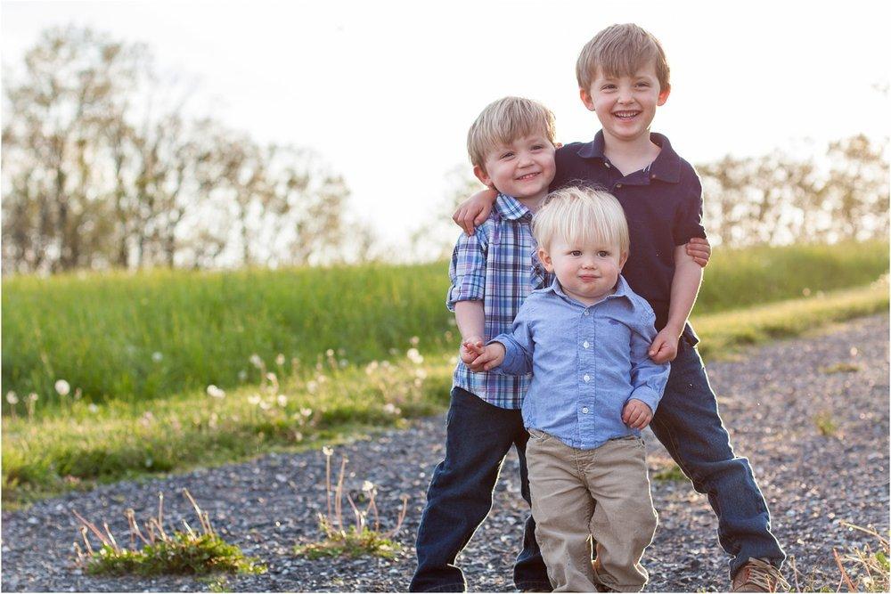 Harrisonburg_Family_Portraits_Nelsons_0010.jpg