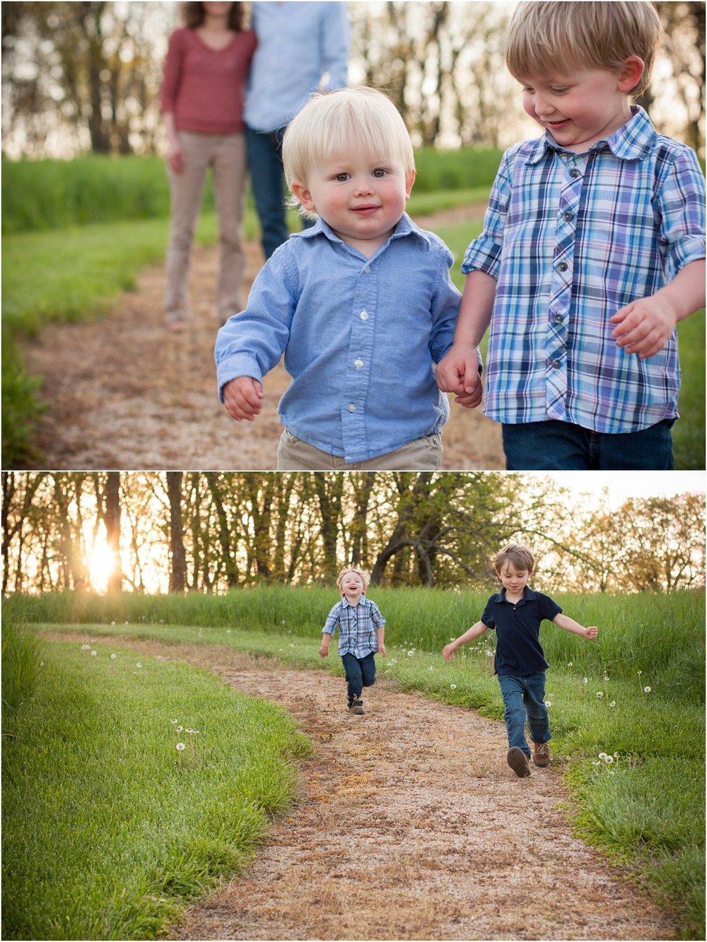 Harrisonburg_Family_Portraits_Nelsons_0018.jpg