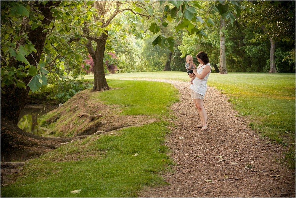 Bridgewater_Arboretum_Family_Portraits_Lams_0015.jpg